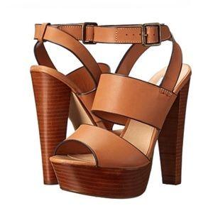 Steve Madden Dezzzy Tan Leather Platform Heels